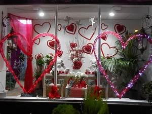 Vitrine Saint Valentin : fermeture pour formation la hotte fleurie ~ Louise-bijoux.com Idées de Décoration