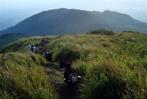 gunung  jawa tengah idola  pendaki yuk piknik