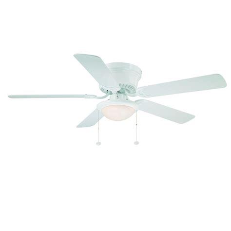 52 hugger ceiling fan hton bay hugger 52 ceiling fan white flush mount low