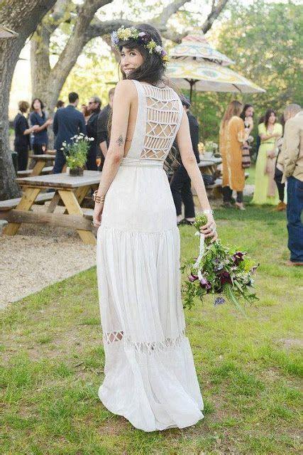 Cerchi un abito che sia allo stesso tempo elegante l'abito da sposa bohémien è l'ideale per creare un'atmosfera naturale e autentica. Abiti da sposa vintage cercasi: ecco tutti i più belli ...