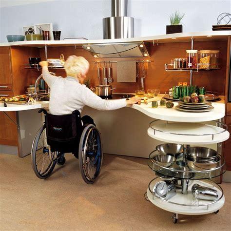 fauteuil de cuisine des cuisines aménagées pour les personnes handicapées fauteuil roulant cuisine aménagée et