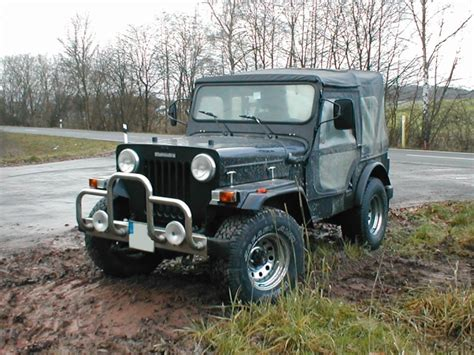 indian jeep mahindra mahindra jeep amazing pictures video to mahindra jeep