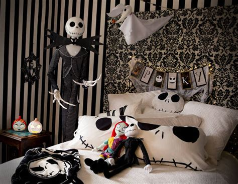 Halloween Decorations Tips And Ideas  Inspirationseekcom. Interior Design Ideas Bathroom Photos. Camping Olympics Ideas. Woodworking Plan Stool. Do It Yourself Kitchen Cupboard Ideas. Breakfast Ideas Kenya. Backyard Landscaping Ideas Patio. Home Ideas Lighting Vaughan. Bathroom Designs Grey White