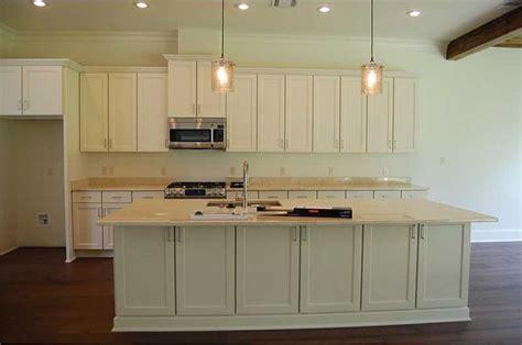 kitchen island  cabinets  countertop extending