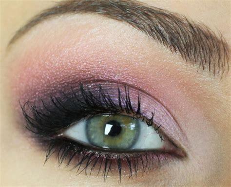 10 Purple Smokey Eye Looks Wedding Drapery Macon Ga Hall Pronouncement Script Guest Dress Destination Ceremony Handfasting Patterns Fall Open Back