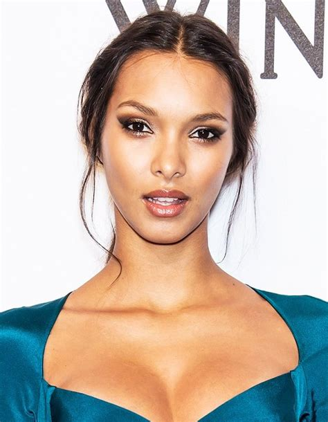 Model Tips Makeup
