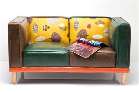 canapé coloré canapé original en cuir coloré