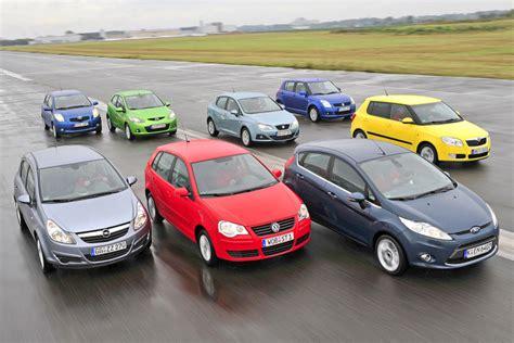 Yaris Seat Ibiza Und Mazda 2 Im Kleinwagen Vergleich by Test Ford Und Konkurrenz Bilder Autobild De