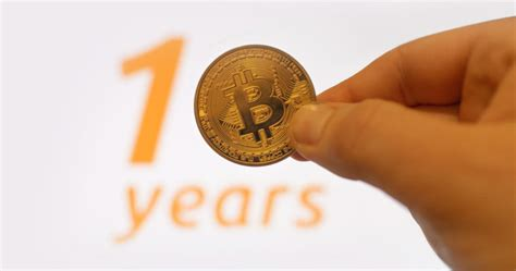 12, 2009, which was exactly 11 years ago. 10 Years Ago Today, Hal Finney Started 'Running Bitcoin' - BitcoinAdsTrain