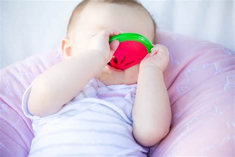 5 Tips For Early Teethers