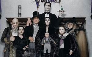 Κόρη του Θεού: The Addams Family