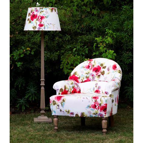 tissu pour fauteuil pas cher fauteuil crapaud en tissu saison comptoir de famille fauteuil delamaison ventes pas