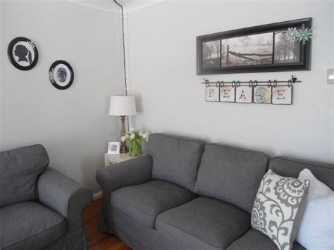 neutral living room paint color is benjamin moore gray