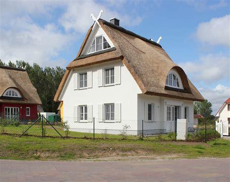 Einfamilienhaus Kueche Mit Platz Fuer 12 Personen by Ferienhaus Hus Hanbutt