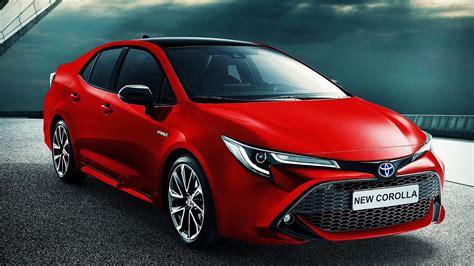 toyota unveils  corolla whats goin  qatar