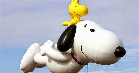 fivecentsplease blog snoopy  woodstock balloon