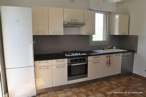meuble de cuisine avec plan de travail cuisine équipée qualité