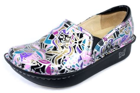 world s most comfortable shoes pin by shannon sullivan smith on my style