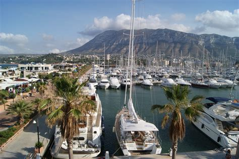 Houses For Sale At The Costa Blanca Dénia  Larry Vega