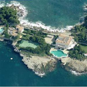 Bmw Antibes : quandt family house in antibes france virtual globetrotting ~ Gottalentnigeria.com Avis de Voitures