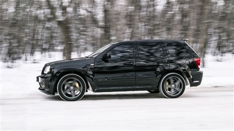 supercharged jeep cherokee jeep grand cherokee srt 8 6 1 supercharged drive2