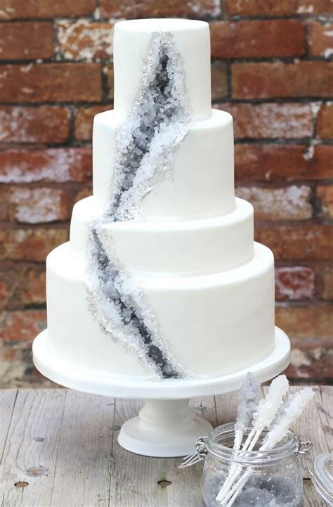 trendy  chic geode wedding ideas weddingomania