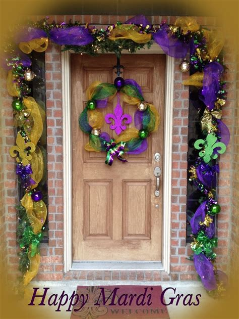 cajun christmas yard decor 17 best images about mardi gras outdoor decorations on deco mesh mardi gras and swag
