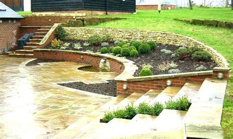 slope patio backyard ideas stunning sloped photo  deck