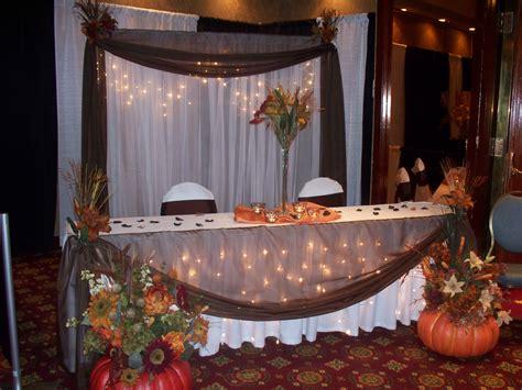 fall wedding centerpieces   budget autumn wedding