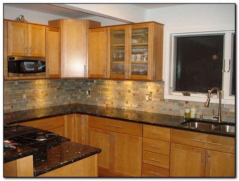 oak cabinets  granite countertops home  cabinet
