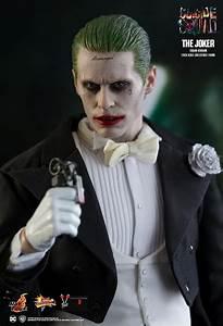 Suicid Squad Joker : hot toys joker tuxedo version figure from suicide squad ~ Medecine-chirurgie-esthetiques.com Avis de Voitures