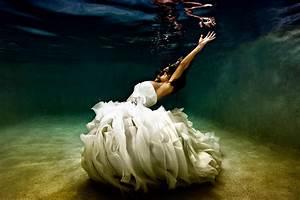 Underwater Photoshoot Of Mermaid Brides