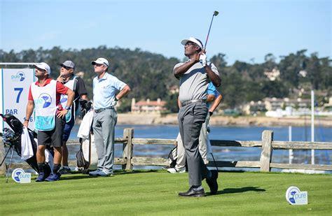 golfers   wins  turning    pga