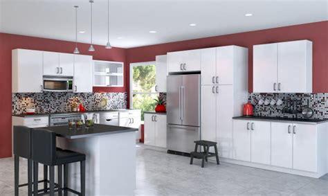 meuble de cuisine noir et blanc peinture cuisine avec meubles blancs 30 idées inspirantes