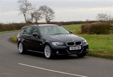 bmw  series touring review   parkers