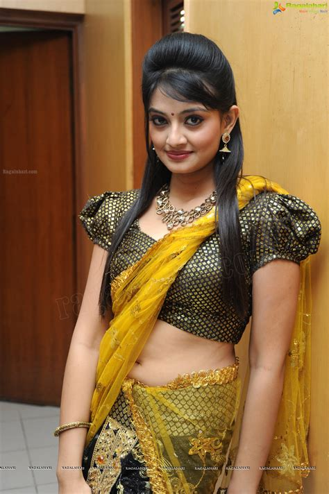 hips in saree page 1707 xossip