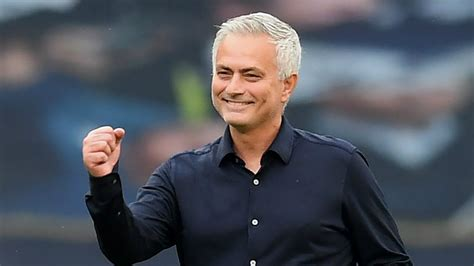 Spurs walkover sets up Mourinho for Chelsea clash in EFL ...