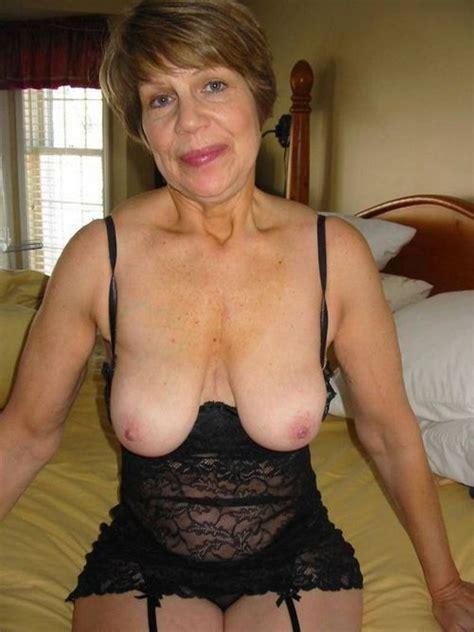 Elegant Granny Posing Tumblr Mega Porn Pics