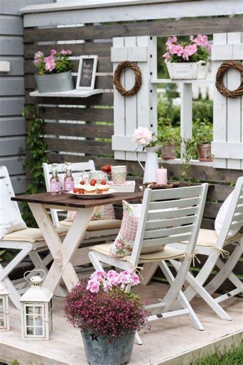 shabby chic patio best 25 shabby chic garden ideas on pinterest shabby