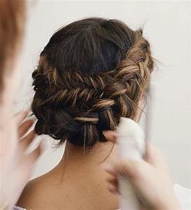 The Prettiest Hairstyles For Fall Fashionisers