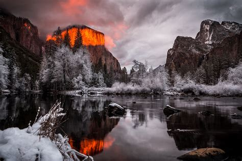 1600 X 900 Wallpaper Space Yosemite National Park Winter 2048 X 1365 Mountains
