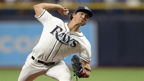 rays yankees face game series trop