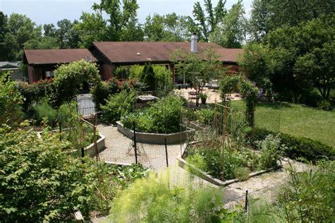 Home Vegetable Garden Designs