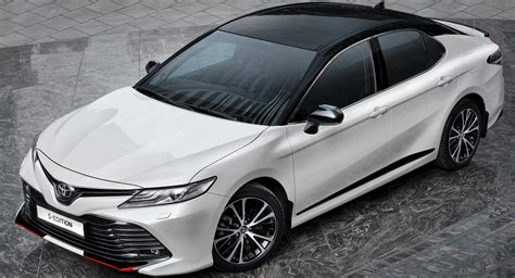 2020 Toyota Camry S-Edition: The
