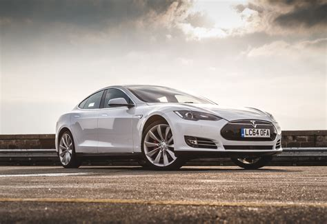 Tesla Model S P85 Review