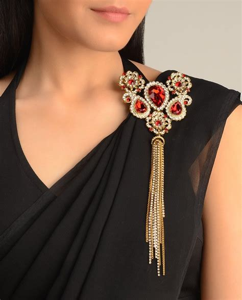 amrapali brooch exclusively  mehndi indian jewelry