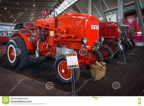 tractor fahr hg holzgas wood gas generator