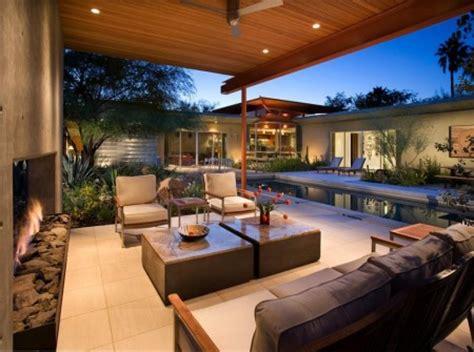 Photo Of Homes With Outdoor Living Spaces Ideas by Terasa Moderna Ce Incorporeaza Un Semineu Decorativ