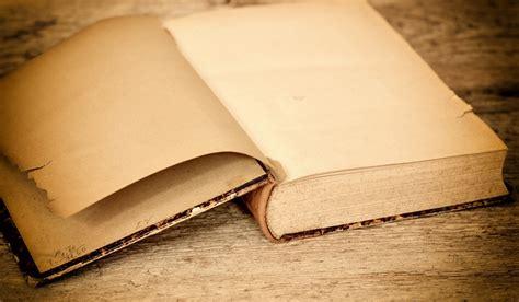 Descargar ✅ libros gratis sin registrarse ✅ aquí. Imagen de Libro antiguo - 【FOTO GRATIS】 100009254