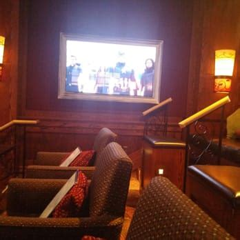 Cinetopia Living Room Theater Vancouver by Cinetopia 23 253 Reviews 76 Photos Cinema